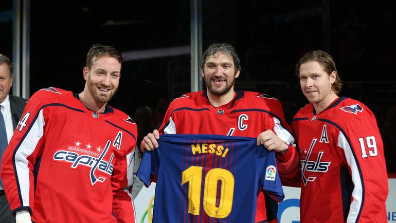 Брукс Орпик, Александр Овечкин и Никлас Бэкстрем (слева направо). Фото USA TODAY Sports