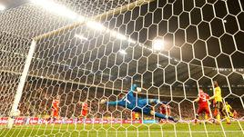 21 марта. Брюссель. Бельгия – Россия – 3:1. Третий гол хозяев в ворота Гильерме - от Эдена Азара.