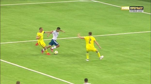 27-я минута матча Казахстан - Россия.