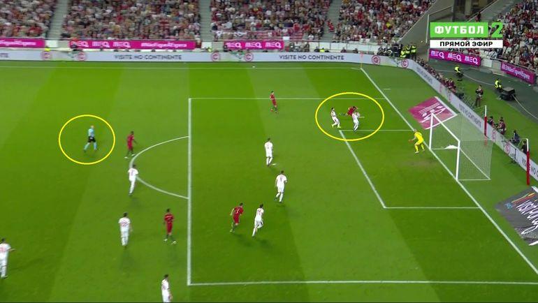 Эпизод матча Португалия - Сербия.