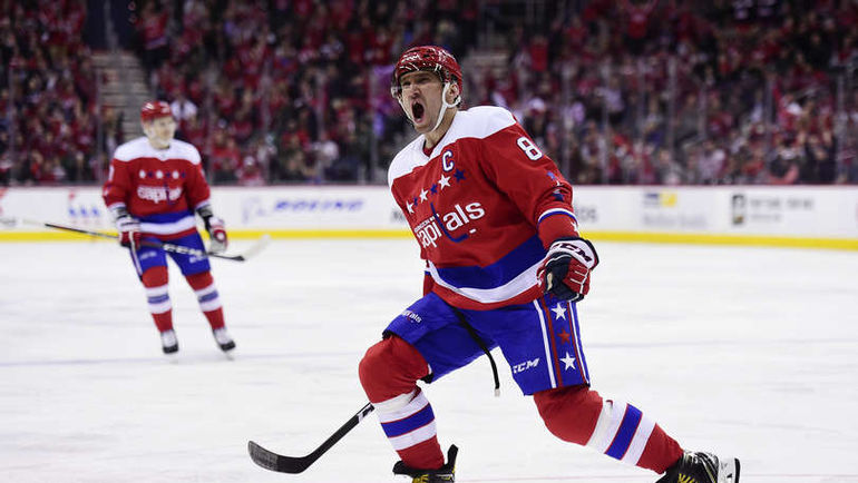 "27 марта. Вашингтон. ""Вашингтон"" – ""Каролина"" – 4:1. Александр Овечкин празднует гол. Фото NHL.com"