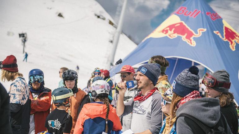 Азартный сноубордический контест года Red Bull Roll the dice состоится 2 апреля в Красной Поляне