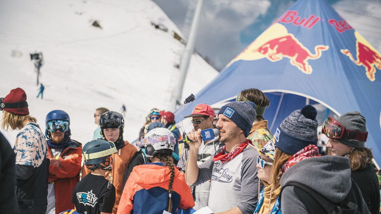 Азартный сноубордический контест года Red Bull Roll the dice.