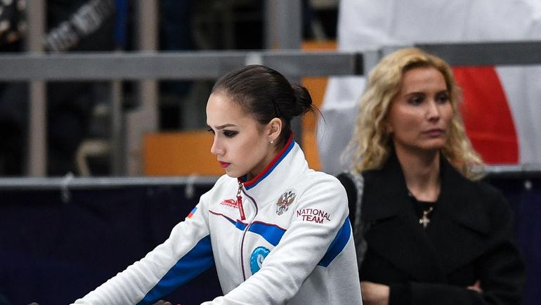 """Этери Тутберидзе (справа) и Алина Загитова. Фото Дарья Исаева, """"СЭ"""""""
