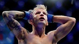 Крутой боец UFC оказался лжецом. Диллашоу наказан за допинг