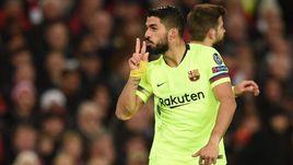 """10 апреля. Манчестер. """"Манчестер Юнайтед"""" - """"Барселона"""" - 0:1. Луис Суарес."""