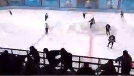 Зрители подрались на трибунах во время матча любительской команды Малкина
