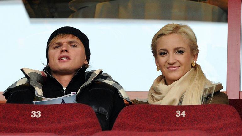 Ольга Бузова с Дмитрием Тарасовым архив- родной