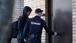 17 апреля. Москва. Александр Кокорин перед началом заседания Пресненского суда.