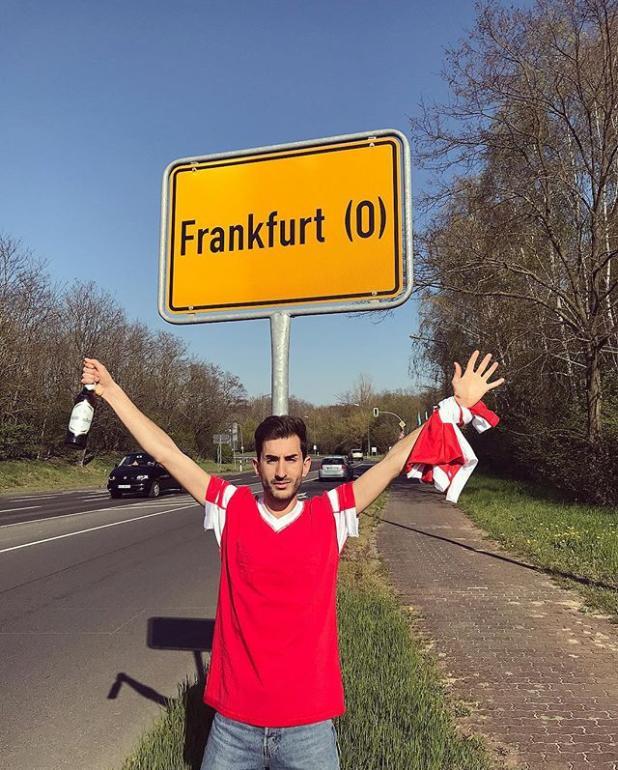 "Фанат ""Бенфики"" приехал на матч Лиги Европы не в тот Франкфурт."