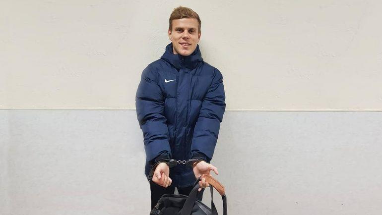 Александр Кокорин после задержания 10 октября 2018 года. Фото Твиттер