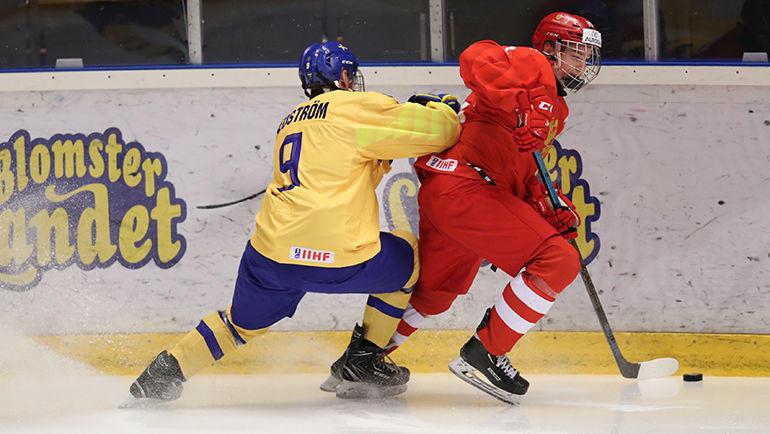 23 апреля. Швеция. Эрншельдсвик. Россия U-18 – Швеция U-18 – 0:3. Россиянам не удалось справиться со шведами. Фото ФХР
