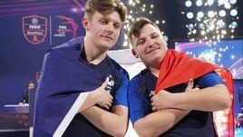 "Лукас ""DaXe"" Кюйерье и Корантен ""Maestro"" Тюллье - победители FIFA eNations Cup."