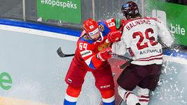 24 апреля. Рига. Латвия - Россия - 2:4. Александр Бурмистров проводит силовой прием.