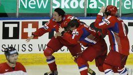 18 мая 2008 года. Квебек. Россия – Канада – 5:4 ОТ. Илья Ковальчук после победного гола в ворота канадцев в финале. Он принес России первое золото на ЧМ за 15 лет.