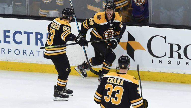 """Бостон"" празднует победу. Фото НХЛ."