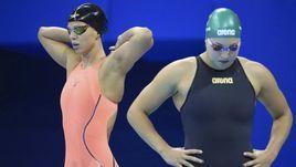 7 августа 2016 года. Рио-де-Жанейро. Юлия Ефимова и Рута Мейлютите перед заплывом на 100 метров брассом.