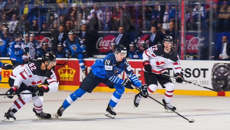 10 мая. Кошице. Финляндия – Канада – 3:1. Финн Каапо Какко забросил первую шайбу в матче. Фото IIHF