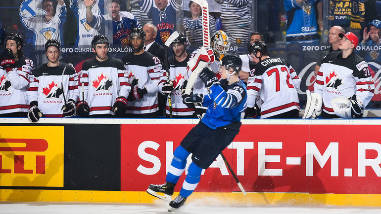 10 мая. Кошице. Финляндия – Канада – 3:1. Финн Каапо Какко празднует заброшенную шайбу. Фото IIHF