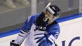 11 мая. Кошице. Словакия – Финляндия – 2:4. Автор хет-трика 18-летний нападающий Каапо Какко.