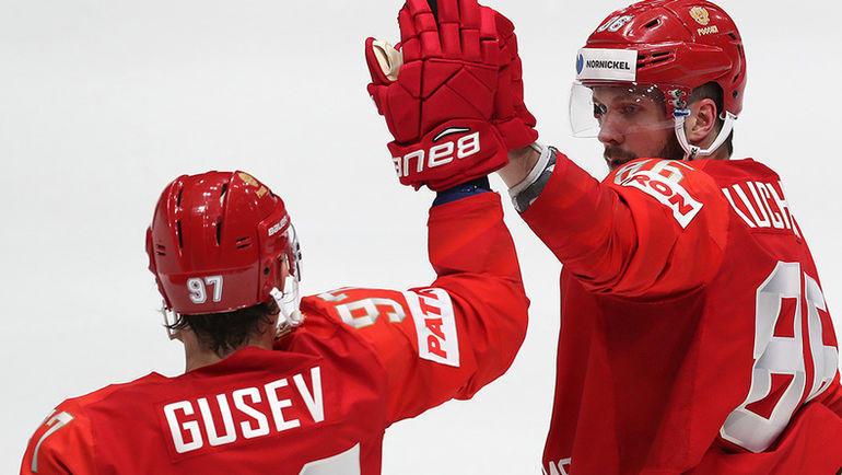 10 мая. Братислава. Россия - Норвегия - 5:2. Никита Гусев (слева) и Никита Кучеров. Фото ФХР
