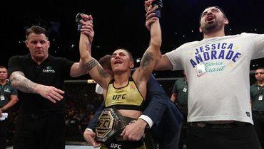 Андраде чуть не сломала шею Намаюнас. В UFC – самый эффектный женский бой года