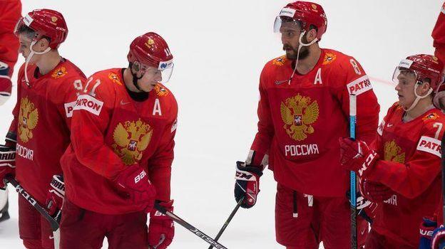 Александр Овечкин (№8) и Евгений Малкин (№11) в матче с Австрией сыграли вместе. Фото AFP