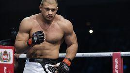 Боец UFC участвовал в разгоне акции протеста в Екатеринбурге