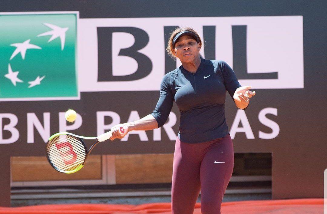 Серена Уильямс снова снялась с турнира. Она почти не уступает Шараповой