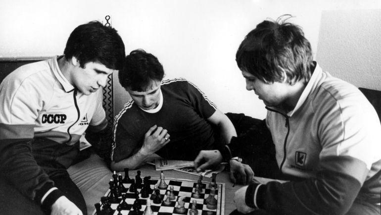 Сергей Макаров, Игорь Ларионов и Владимир Крутов. Фото Анатолий Бочинин