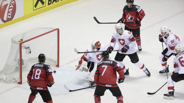 23 мая. Кошице. Канада – Швейцария – 3:2 ОТ. Гол Дэймона Сиверсона. Фото Reuters