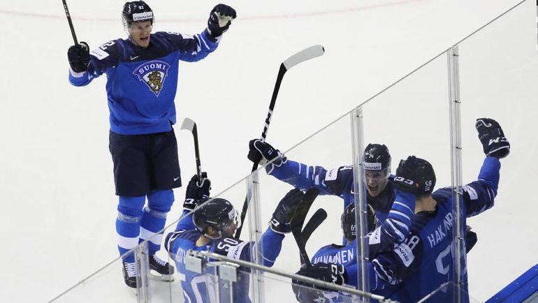 23 мая. Братислава. Финляндия – Швеция – 5:4 ОТ. Северное дерби осталось за финнами. Фото Reuters