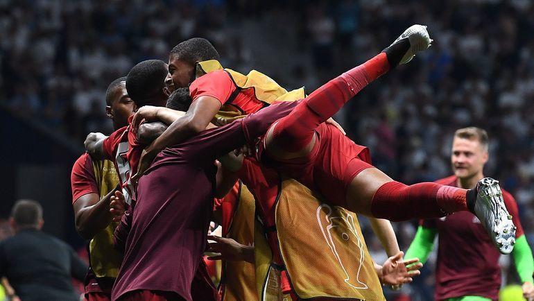 """1 июня. Мадрид. """"Тоттенхэм"""" - """"Ливерпуль"""" - 0:2. 87-я минута. """"Красные"""" празднуют второй гол. Фото AFP"""