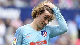 """18 мая. Валенсия. """"Леванте"""" - """"Атлетико"""" - 2:2. Антуан Гризманн в игровой паузе."""