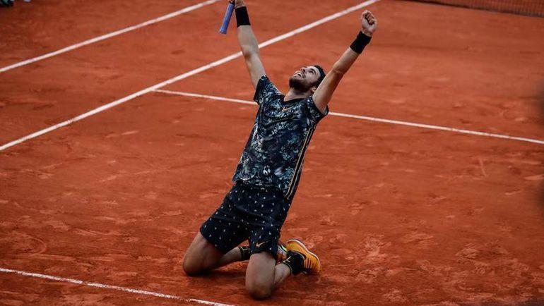 3 июня. Париж. Карен Хачанов после победы над Хуаном Мартино Дель Потро (7:5, 6:3, 3:6, 6:3). Фото AFP