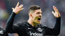 "2 мая. Франкфурт-на-Майне. ""Айнтрахт"" - ""Челси"" - 1:1. Йович празднует забитый гол."
