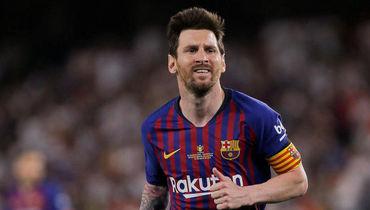 """25 мая. Севилья. """"Барселона"""" - """"Валенсия"""" - 1:2. Лионель Месси во время атаки."""