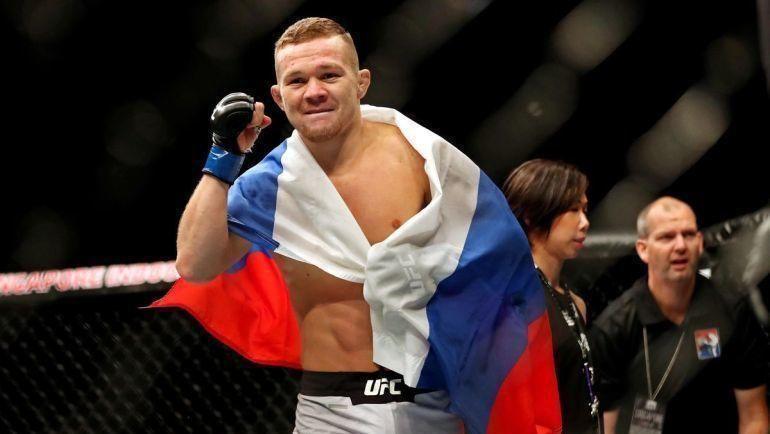Петр ЯниТони Фергюсон выиграли свои бои натурнире UFC 238