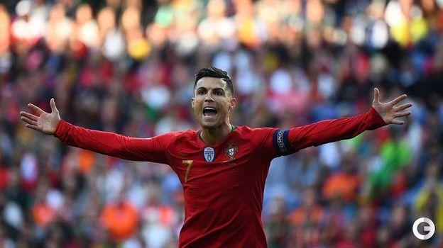 9 июня. Порту. Португалия - Голландия - 1:0. Криштиану Роналду. Фото AFP