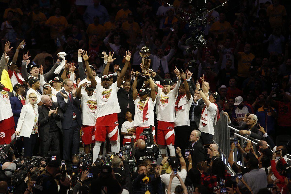 """Торонто"" сверг ""Голден Стэйт"". Канада - баскетбольная страна!"