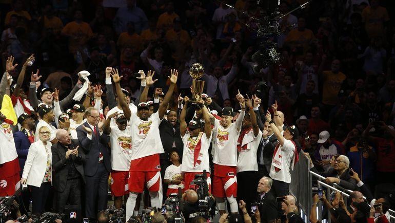 "14 июня. Окленд. ""Торонто"" - чемпион НБА. Фото twitter.com/Raptors"