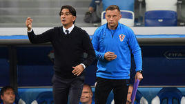 Главный тренер сборной Хорватии Златко Далич (слева) и Ивица Олич.