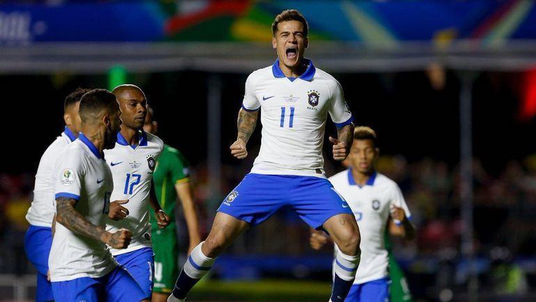 15 июня. Сан-Паулу. Бразилия - Боливия - 3:0. Филиппе Коутинью (№11) празднует гол. Фото twitter.com/CopaAmerica