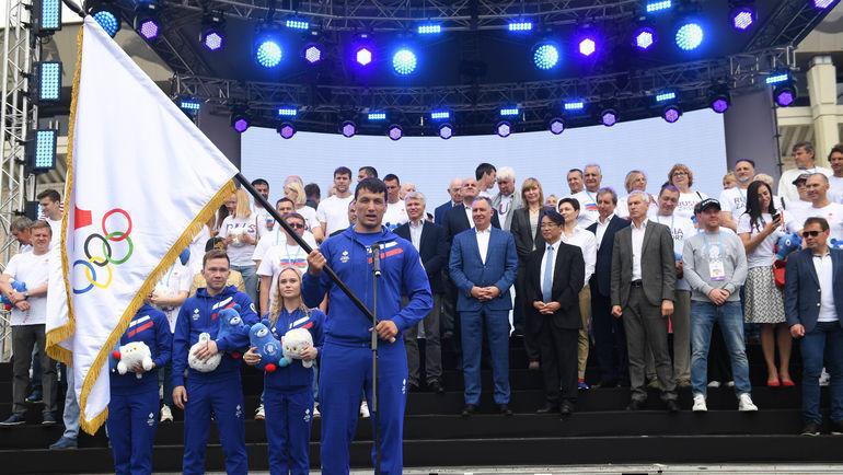 """16 июня. Москва. Торжественное представление олимпийского флага. Фото Дарья Исаева, """"СЭ"""""""