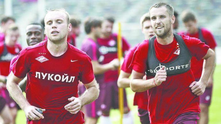 Денис Глушаков (слева) и Дмитрий Комбаров. Фото «СЭ»