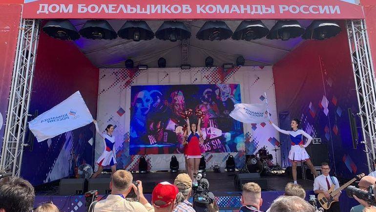 """21 июня. Минск. """"Дом Москвы"""". Сцена. Фото Дмитрий Симонов, """"СЭ"""""""