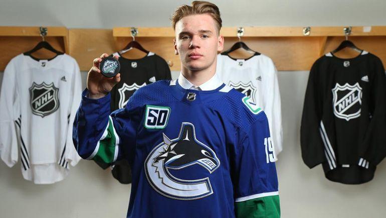 Василий Подколзин. Фото НХЛ.