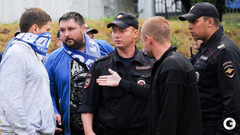 """26 июня. Москва. """"Чертаново"""" - """"Шеффилд"""" - 7:0. Разборки полиции с фанатами."""