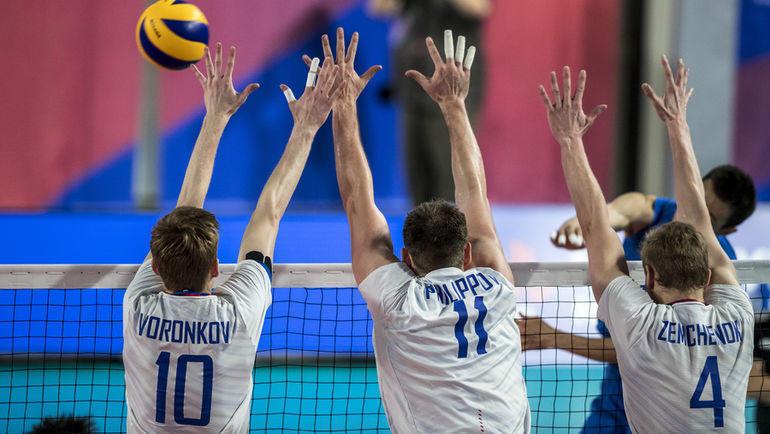 30 июня. Брисбен. Россия - Китай - 3:0. Игроки сборной России. Фото FIVB
