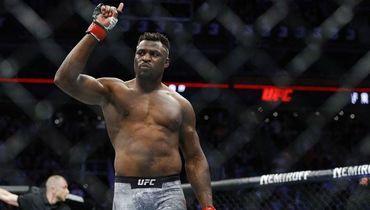UFC. Фрэнисис Нганну – Джуниор Дос Сантоса. Как закончился бой. Фото, видео